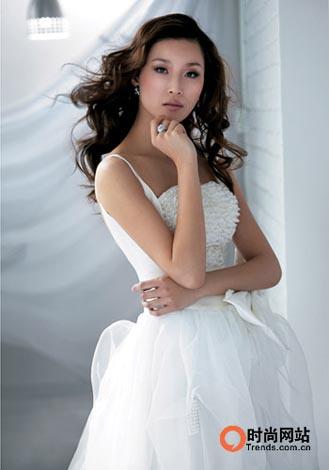 浪漫层叠 做07年时尚新娘