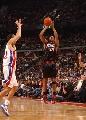 图文:[NBA]76人胜活塞 威利-格林三分出手