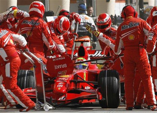 图文:[F1]巴林大奖赛正赛 法拉利进站策略胜出