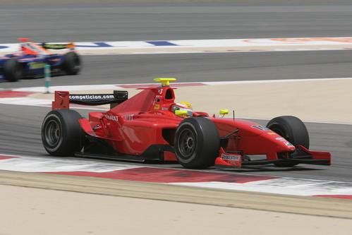 图文:[F1]巴林大奖赛正赛 莱科宁受制于调校