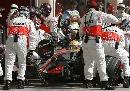 图文:[F1]巴林大奖赛正赛 迈凯轮进站效率高