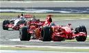 图文:[F1]巴林大奖赛正赛 马萨防守密不透风