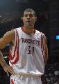 图文:[NBA]火箭VS太阳 巴蒂尔一脸严肃