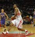 图文:[NBA]火箭VS太阳 海德突破上篮