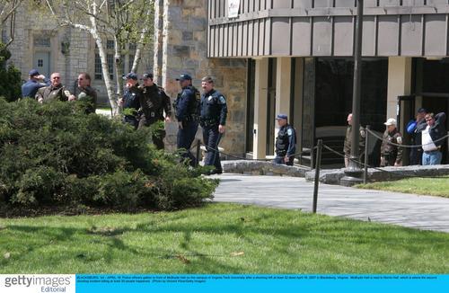 美国弗吉尼亚工学院发生枪击案