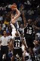 图文:[NBA]马刺负灰熊  加索尔投篮