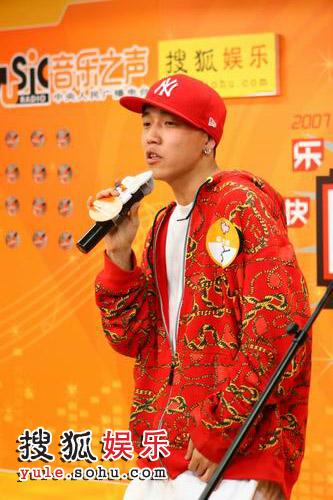 唐飞_组图:北京快乐男声闪亮选手 嘻哈风格唐飞