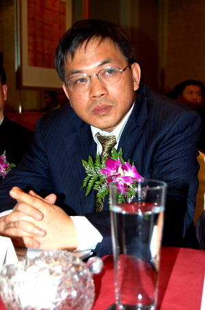 夏新电子股份有限公司总裁李晓忠