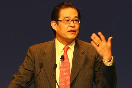 微软公司资深副总裁兼大中华区首席执行官陈永正