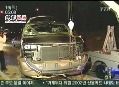 被撞的保姆车