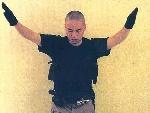 凶手赵承熙向NBC电视台寄出  录像和图片。10