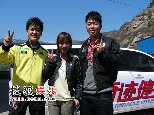 SARA和湖南卫视主持人海涛,李锐上演锵锵三人行