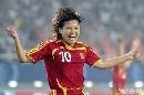 图文:[女足]中国3-2明星联队 季婷补时绝杀