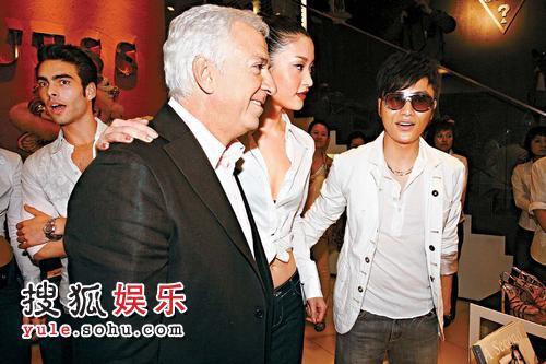 杜鹃,曾与郭羡妮行政电视剧《v杜鹃》的陈坤,与该品牌合演总裁paul台湾古装剧八两金图片
