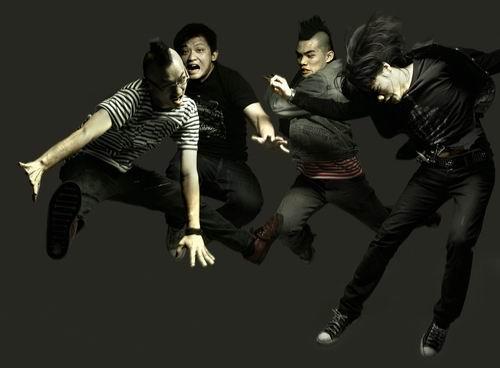 NAO乐队1