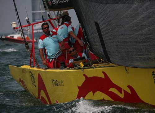 中国/图文:美洲杯帆船赛中国之队出赛龙之子比赛中