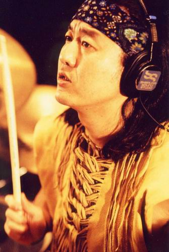 鼓手Funky 末吉
