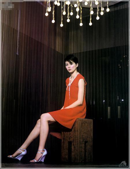 梁咏琪身高_梁咏琪拥有模特一般的身高,光腿就长130公分