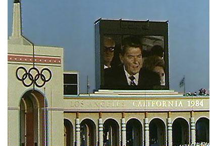 图文:1984年洛杉矶奥运会 美国总统里根宣布开幕