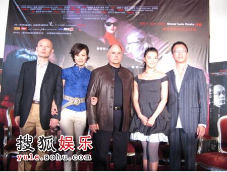 莫小奇翻译《红美丽》场流利英语成导演惊艳内陆好看的电视剧图片