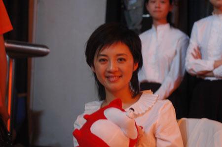 许戈辉回母校主持网络讲堂 称向往奥运志愿工作