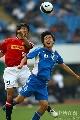 图文:[亚冠]上海申花0-0浦和 刘志清腾空争顶