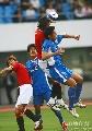 图文:[亚冠]上海申花0-0浦和 杜威争顶落下风