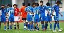 图文:[亚冠]上海申花0-0浦和 申花队员相互安慰