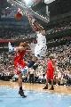 图文:[NBA]火箭vs爵士 布泽尔野兽式扣篮