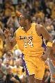 图文:[NBA]湖人胜太阳 科比进攻得手