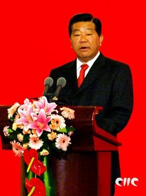 中共中央政治局常委、全国政协主席贾庆林发表演讲