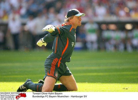 图文:[德甲]拜仁慕尼黑1-2汉堡 卡恩来脾气了