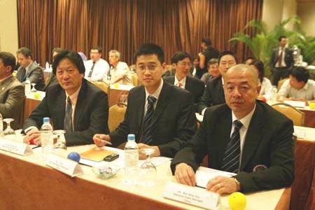 图文:亚足联亚洲杯决赛工作会议 朱广沪出席