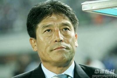 图文:[中超]北京VS辽宁 国安主帅李章洙