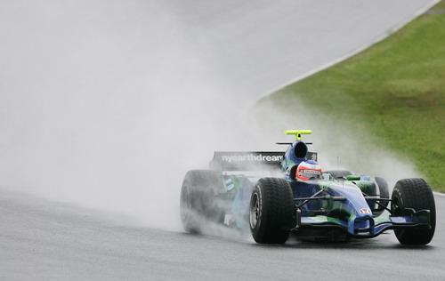 图文:[F1]西班牙测试 巴里切罗雨中完成44圈