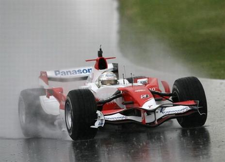 图文:[F1]西班牙测试 特鲁利替换队友次日工作