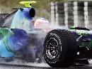 图文:[F1]西班牙测试 车手都使用雨胎进行测试