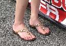 图文:中国方程式公开赛美女 美丽的大脚