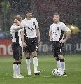 图文:[欧冠]米兰3-0曼联 圣西罗的冷雨夜