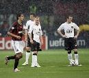 图文:[欧冠]米兰3-0曼联 谁才是真正天骄