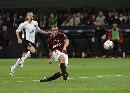 图文:[欧冠]米兰3-0曼联 吉拉单刀破门