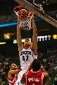图文:[NBA]火箭vs爵士 基里连科双手扣篮