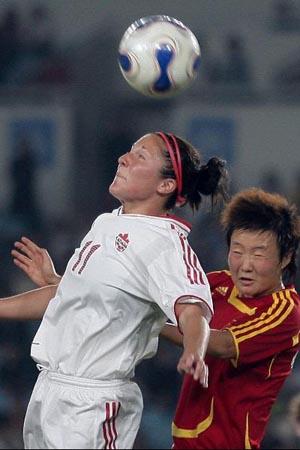 中国3 1加拿大 刘亚莉奋力争顶
