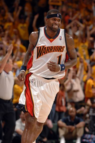 图文:[NBA]小牛不敌勇士  杰克逊暗喜