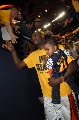 图文:[NBA]小牛不敌勇士  父子兵上阵