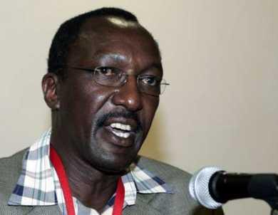肯尼亚航空公司负责人在新闻发布会上发言