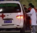 图文:[中超]山东VS陕西 王永珀受伤被送去医院