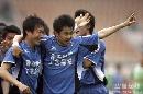图文:[中超]青岛3-1北京 刘健独中两元
