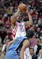 图文:[NBA]火箭vs爵士 麦迪跳投出手