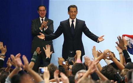 萨尔科齐当选法国新任总统 来源:路透社